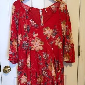 Free People Tunic, size 6, pockets, floral print